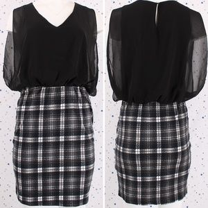 Sleeveless V-neck Chiffon Tartan Plaid Mini Dress